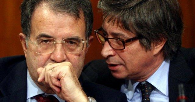 """Dimissioni Errani, il Pd: """"Ci ripensi"""". Renzi: """"Vicinanza in rispetto magistrati"""""""