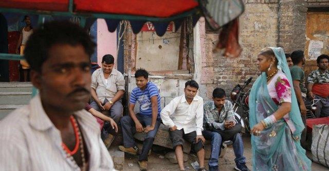 India, violenza dei mariti per dote matrimoniale. La Corte suprema boccia l'arresto