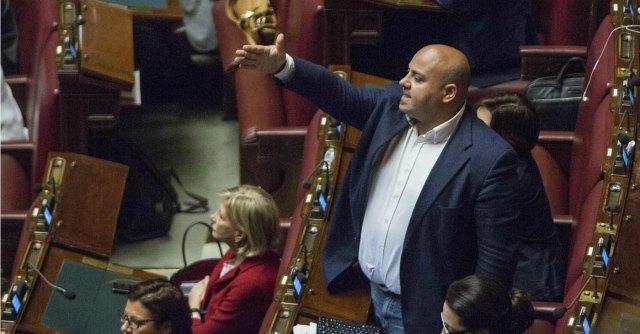 """Italicum, nel Pd cresce la fronda pro preferenze: """"Non può decidere Berlusconi"""""""