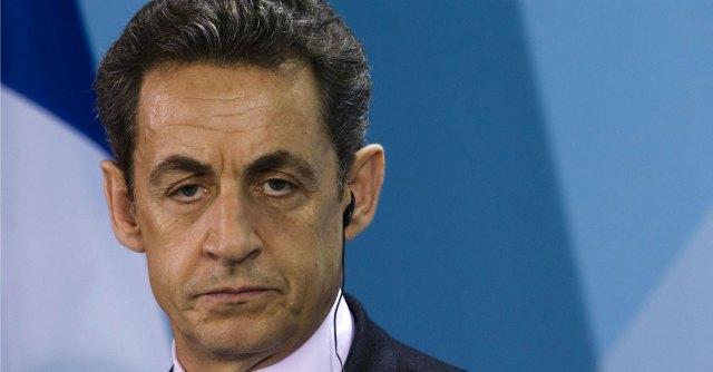 """Sarkozy grida al complotto in tv: """"Giudici politicizzati, vogliono distruggermi"""""""
