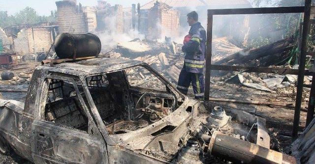 """Ucraina, agguato dei filorussi: """"Uccisi 10 soldati di Kiev"""". Cinque morti a Lugansk"""