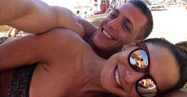 Nicole Minetti e D'Alessio jr denunciati per truffa: non pagata vacanza a Phuket