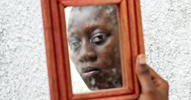 Costa d'Avorio: bambine-soldato d'Africa, vittime e killer della guerra civile