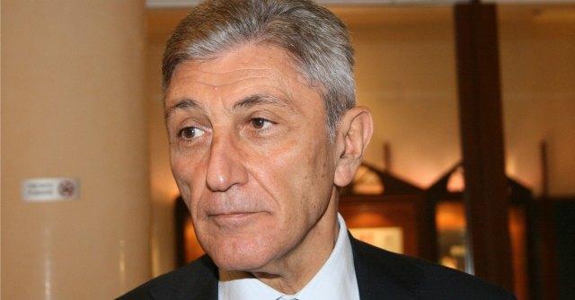Antonio Bassolino, ex presidente Campania assolto dall'accusa di falso