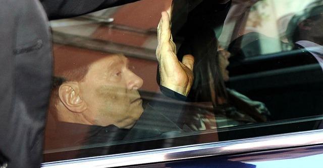 """Forza Italia, il timore di Renzi: """"Berlusconi può non bastare, si rischia sull'Italicum"""""""