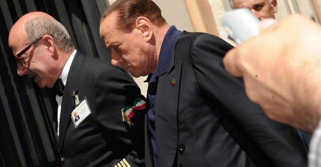 """Crisi Ucraina, Silvio Berlusconi: """"Nato è irresponsabile con la Russia"""""""