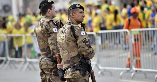Mondiali Brasile 2014: quasi 900mila turisti. Furti, rapine e bagarini i 'primi' reati