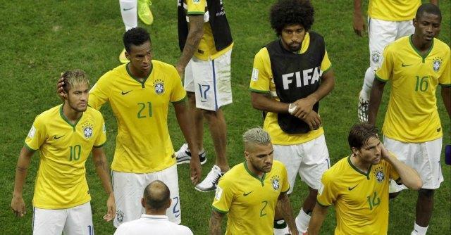Brasile-Olanda: 0 a 3. Ultima umiliazione per i verdeoro: quarti al mondiale