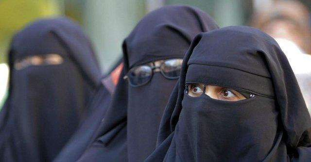"""Burqa, Strasburgo dà ragione alla Francia: """"Il divieto non viola i diritti umani"""""""
