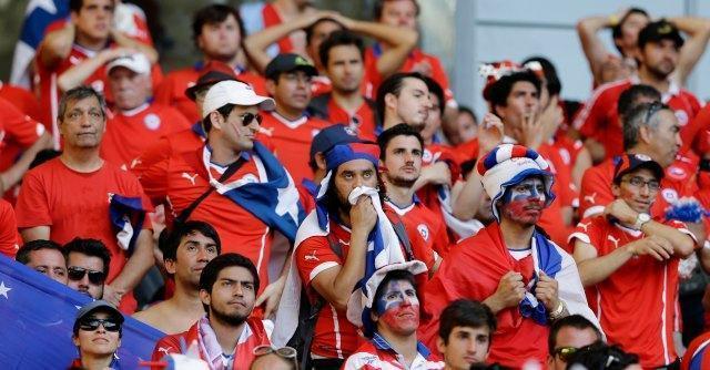 Mondiali 2014, il ritorno degli sconfitti: dalle ovazioni al lancio di caramelle