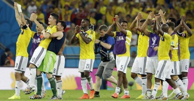 Mondiali, Brasile-Colombia 2-1: grande Seleçao. Vertebra rotta per Neymar