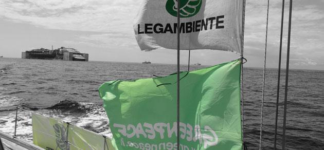 Costa Concordia nel Santuario dei Cetacei: #sorvegliataspeciale anche dai delfini