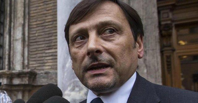 Puglia, Stefàno si candida alle primarie. Ci sarà anche Emiliano, assente Vendola