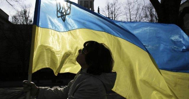 Ucraina, il primo ministro Yatseniuk si dimette: si va verso elezioni anticipate