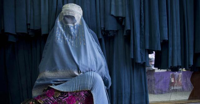 """Siria, le europee che sposano i jihadisti. """"Matrimoni via chat prima di partire"""""""