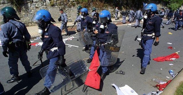 "G8 Genova, Sap: ""Assurdo chiedere risarcimento ai poliziotti"""