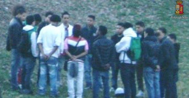Milano: pestaggi e accoltellamenti. Decapitata gang dominicana dei Trinitario