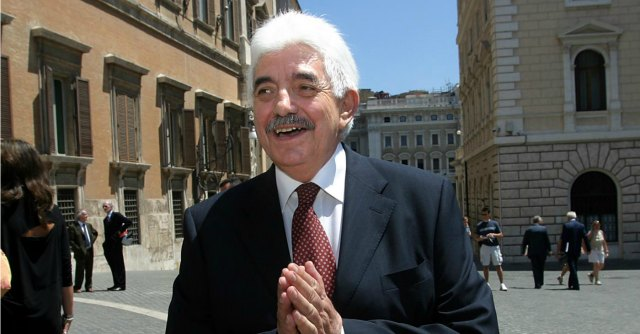 Corte costituzionale, Giuseppe Tesauro nuovo presidente. 7 favorevoli, 6 contrari