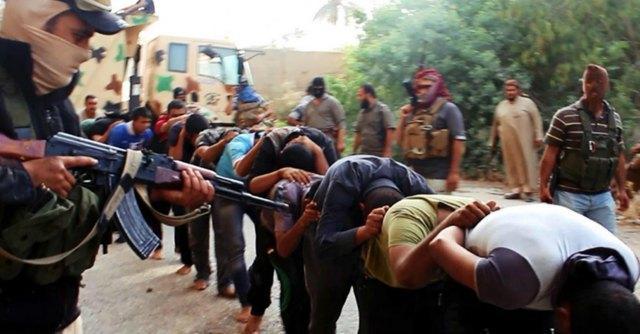 """Iraq, Isis ai cristiani: """"Se volete tornare, arruolate i vostri figli o dateci 450 dollari"""""""