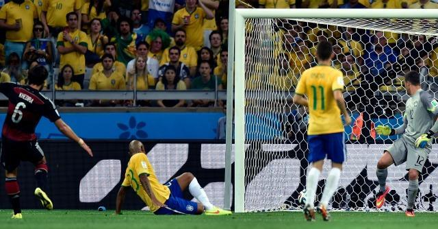 Brasile 2014, il mondiale social. Twitter vince di goleada contro Facebook