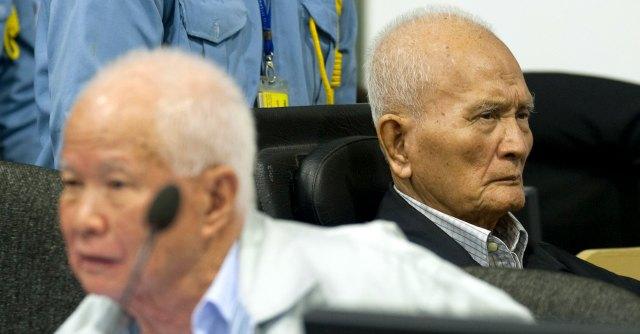 Cambogia, l'ideologo dei Khmer Rossi e il vice di Pol Pot alla sbarra per persecuzioni