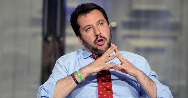Lega, Matteo Salvini e il vizio di fare assumere le compagne negli enti pubblici