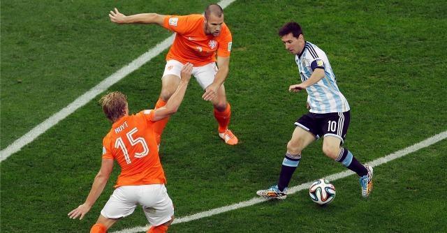 Olanda – Argentina: 2-4 dopo i rigori. Al Maracanà sarà Messi contro Germania