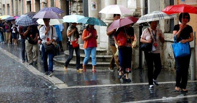 Meteo estate 2014, l'esperto: 'Finora piogge e maltempo, ma il caldo è alle porte'