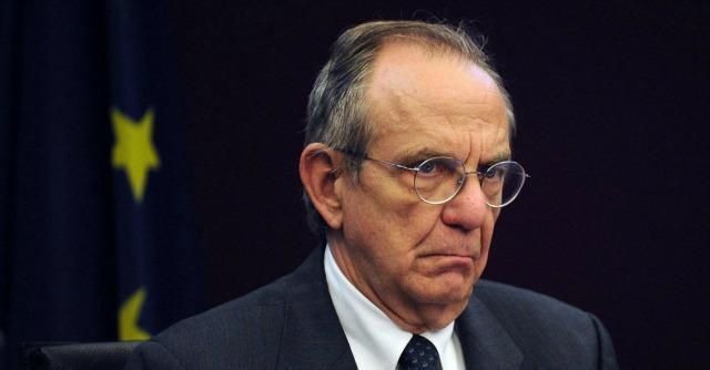 """Padoan: """"Taglio del cuneo fiscale sarà permanente con la legge di Stabilità"""""""