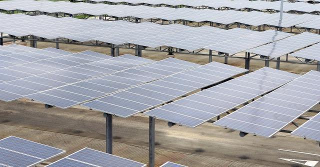 "Fotovoltaico, frode da 37 milioni: 3 arresti. ""Pannelli cinesi spacciati per europei"""
