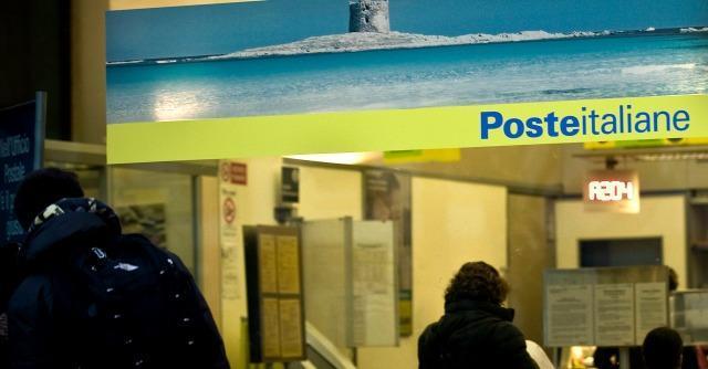 """Poste, deputati M5S: """"Non è un bancomat per ripianare le perdite Alitalia"""""""