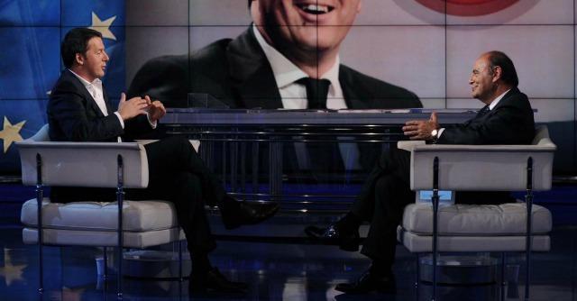 Renzi a Strasburgo, caos sulla conferenza stampa: incombe Porta a Porta