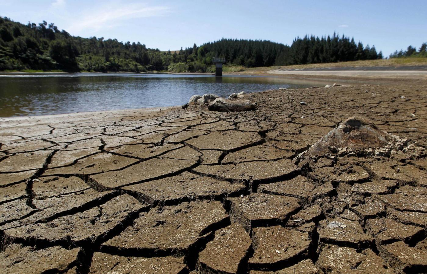Energia, diritto all'acqua e decarbonizzazione