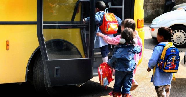 "Londra, 1.400 bimbi stuprati a Rotherham. Bufera sulle autorità: ""Sapevano dal 2010"""
