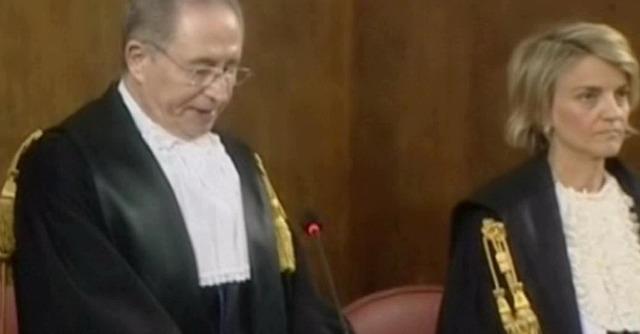 Berlusconi assolto nel processo d'appello Ruby. Non ci fu concussione