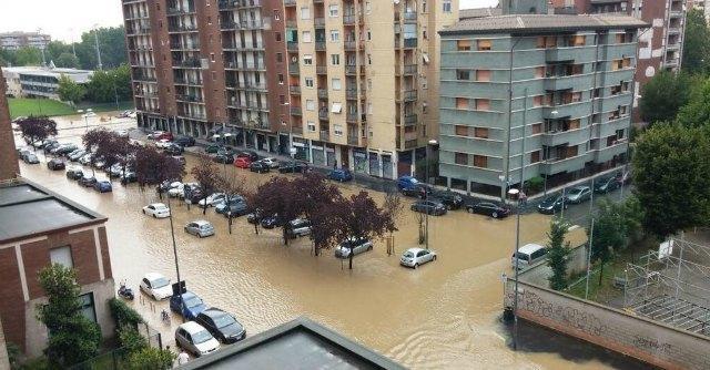 Seveso esondazione a Milano: allagati quartieri di Isola e Niguarda