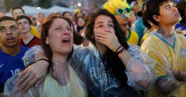 Maracanazo, lacrime allo stadio e tensione in strada: Brasile rivive l'incubo