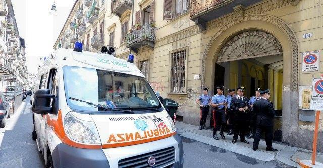 Torino, uccide la madre a coltellate. Fermato dai carabinieri