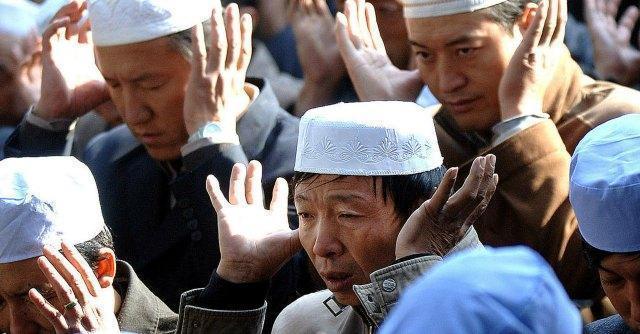 """Cina, il Partito comunista vieta il Ramadan: """"No a digiuno e attività religiose"""""""