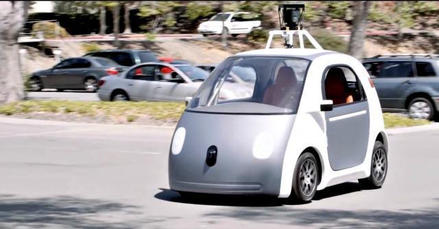 Uber lancia UberPool, l'app per condividere il 'taxi'. E apre la strada alle Google car