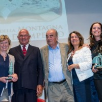 Nives Meroi, Gian Arturo Ferrari, Arrigo Petacco, Vera Slepoj, Camilla Caresani,Francesco Chiamulera dopo la cerimonia di consegna del Premio Cortina al Cinema Eden