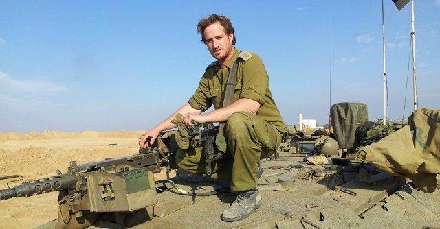 """Oren, volontario in partenza per il fronte: """"Non c'è mai stata una guerra più giusta"""""""