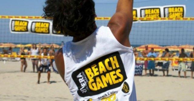 Riviera beach games: volley, tennis, canoa e surf. Tre giorni di olimpiadi sulla sabbia
