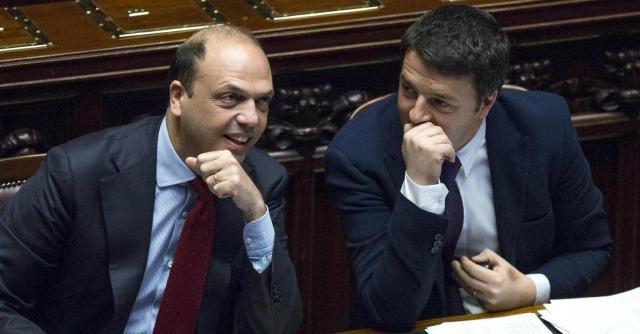 """Renzi contro Alfano: """"Articolo 18? Totem. Vu cumprà? Io non avrei detto così"""""""