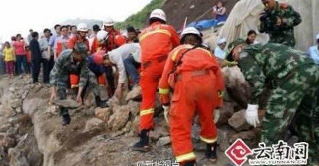 Cina, scossa di terremoto di magnitudo 6.1 nel sud-ovest: oltre 380 morti