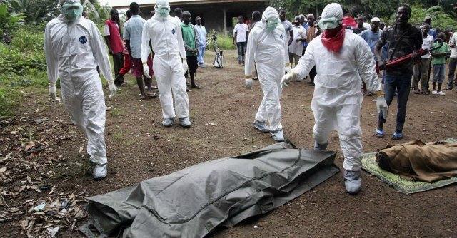 """Ebola, proteste in Liberia: """"Il governo non raccoglie i cadaveri per le strade"""""""