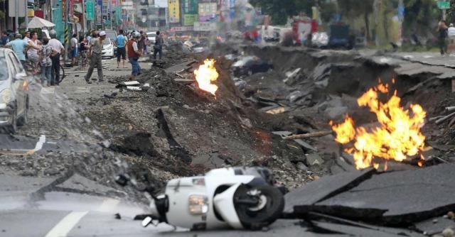 Taiwan, esplodono condutture del gas Inferno a Kaohsiung: '24 morti e 270 feriti'