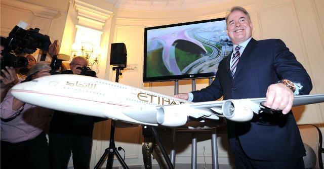 Alitalia formalizza incremento ricapitalizzazione. Soci convocati per l'8 agosto