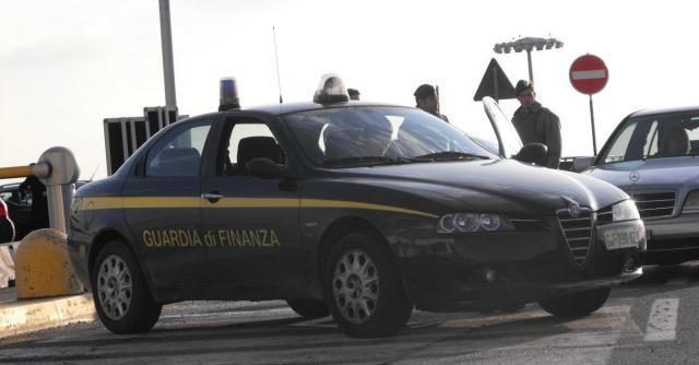 """Pordenone, arrestato broker: """"Rubati 4 milioni per finanziare la sua squadra di calcio a 5"""""""