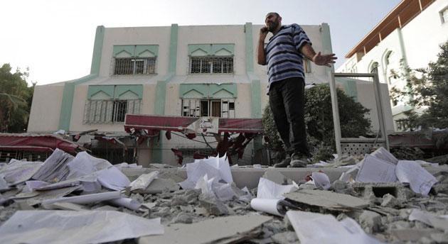 Gaza: cessare il fuoco ed abolire il blocco